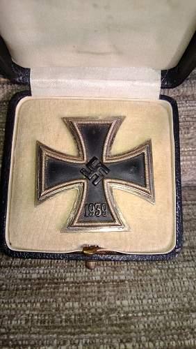 Eisernes Kreuz 1.Klasse mit Etui. Digging for info hopefully good