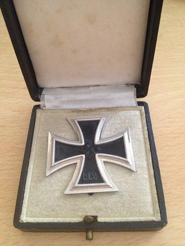 Click image for larger version.  Name:iron cross 1st class 3.jpg Views:90 Size:45.3 KB ID:528345