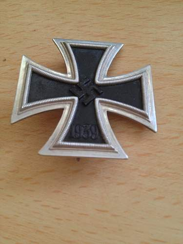 Click image for larger version.  Name:iron cross 1st class 6.jpg Views:70 Size:37.5 KB ID:528348