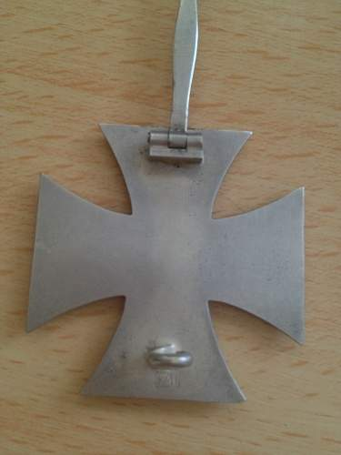 Click image for larger version.  Name:iron cross 1st class 7.jpg Views:66 Size:27.6 KB ID:528349