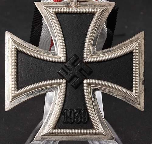 Eisernes Kreuz 2. Klasse - maker id?