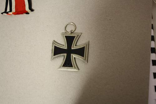 Click image for larger version.  Name:iron cross 004.jpg Views:42 Size:217.0 KB ID:540348