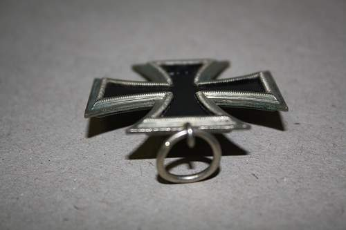 Click image for larger version.  Name:iron cross 005.jpg Views:63 Size:211.1 KB ID:540350