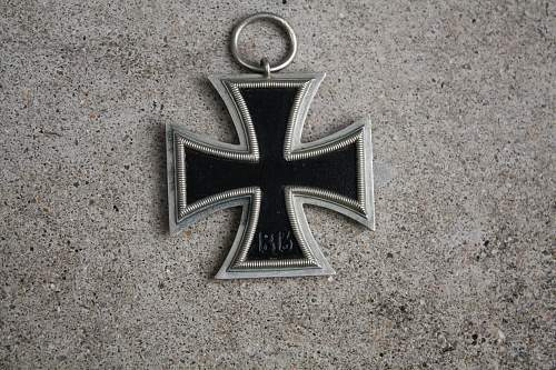 Click image for larger version.  Name:iron cross 003.jpg Views:56 Size:244.4 KB ID:540637