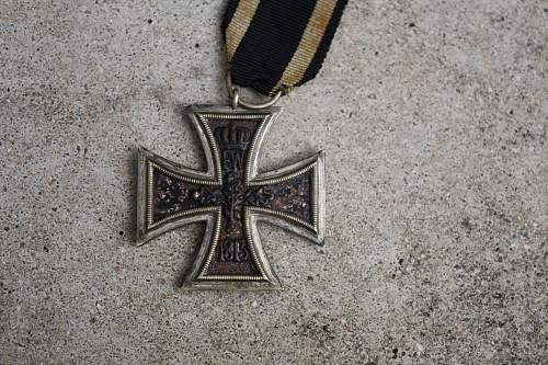 Click image for larger version.  Name:iron cross 006.jpg Views:39 Size:244.3 KB ID:540640