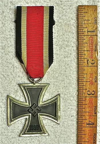 Eisernes Kreuz 2.Klasse: Genuine or reproduction?