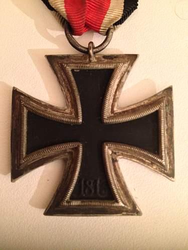"Help with Eisernes Kreuz 2.Klasse ""24"" marked"