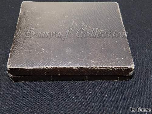EK2 on the box