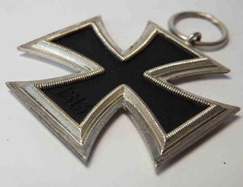 Help Please - Eisernes Kreuz 2. Klasse on auction