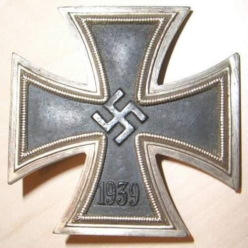 Eisernes Kreuz 1. Klasse help ?
