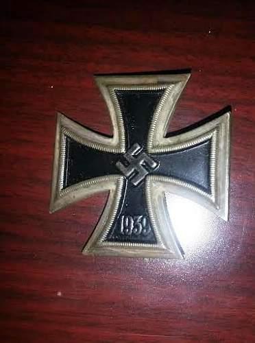 Eisernes Kreuz 1 - opinions