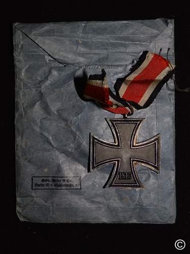 EK2 Godet with envelope