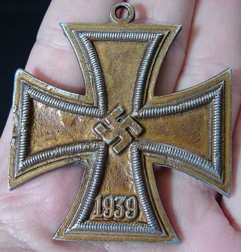 1939 German WW2 Iron Cross(?) Medal.  Odd Color?  Real/Repro??