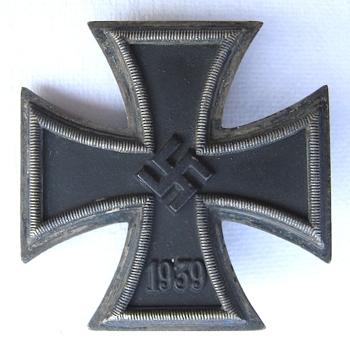 Buying an Eisernes Kreuz 1kl with award document
