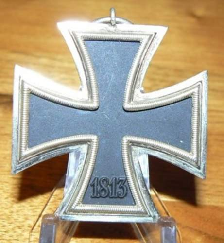 Click image for larger version.  Name:GERMAN WW11 IRON CROSS 2nd CLASS  MEDAL  2.jpg Views:23 Size:181.1 KB ID:839515
