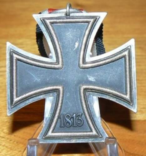 Click image for larger version.  Name:GERMAN WW11 IRON CROSS 2nd CLASS  MEDAL 4.jpg Views:11 Size:183.0 KB ID:839516