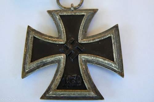 Click image for larger version.  Name:Eisernes Kreuz 2. klasse - Maker 3.jpg Views:15 Size:75.7 KB ID:839535