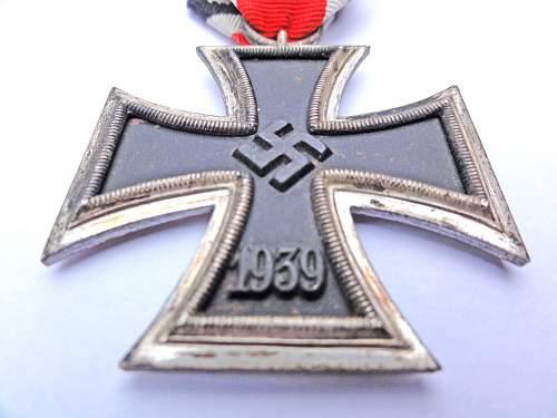 New Eisernes Kreuz 2. Klasse for identification