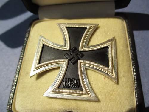 Eisernes Kreuz 1. Klasse mit Etui D&B?