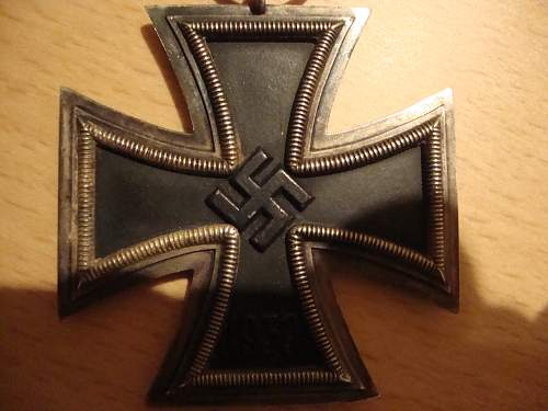 Click image for larger version.  Name:medals 098.jpg Views:199 Size:244.8 KB ID:90401