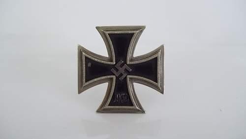 Eisernes Kreuz 1. Klasse for review
