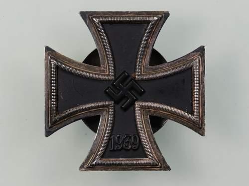 Eisernes Kreuz 1. Klasse, mm L50, Gebr. Godet & Co, Screwback