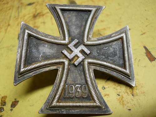 1939 EISERNES kreuz 1 manufacturer??? no markings