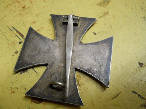 Click image for larger version.  Name:IRON CROSS 004.jpg Views:19 Size:308.8 KB ID:930069