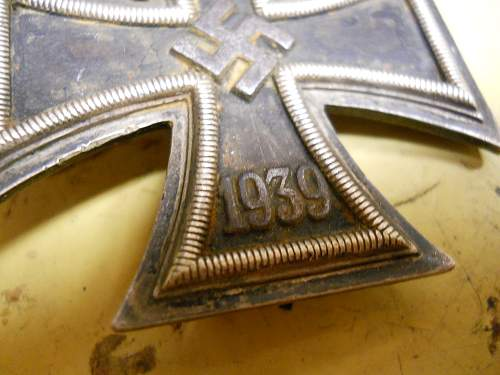 Click image for larger version.  Name:IRON CROSS 001.jpg Views:20 Size:319.7 KB ID:930078