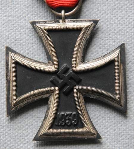 Click image for larger version.  Name:1 Iron Cross Second Class front.jpg Views:5 Size:211.0 KB ID:945293