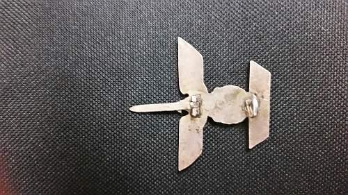 1939 Spange zum Eisernen Kreuzes 1er Klasse 1914 regulation question
