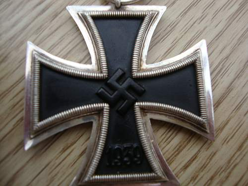 Click image for larger version.  Name:medals 096.jpg Views:75 Size:212.2 KB ID:95209