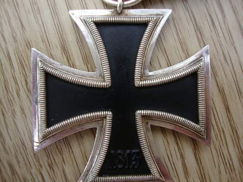 Click image for larger version.  Name:medals 097.jpg Views:80 Size:238.2 KB ID:95210