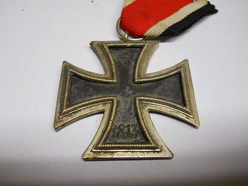 Click image for larger version.  Name:IRON CROSS 002.jpg Views:52 Size:207.1 KB ID:960395