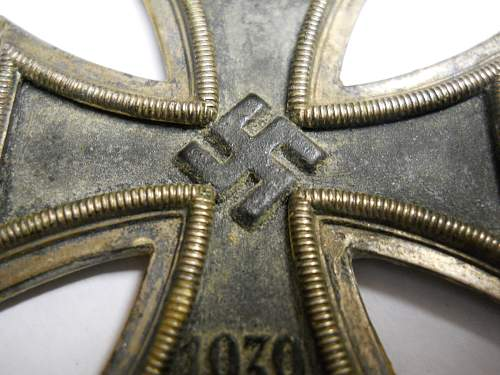 Click image for larger version.  Name:IRON CROSS 009.jpg Views:51 Size:217.5 KB ID:960403