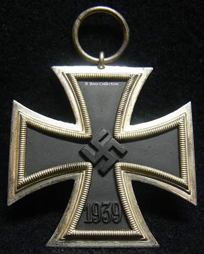 Any thoughts on this Eisernes Kreuz 2. Klasse Number?????