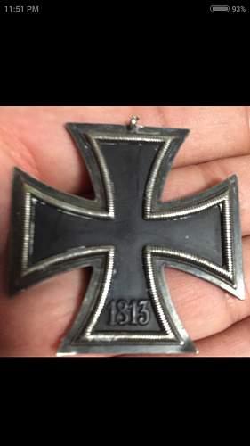Is this a original Eisernes Kreuz 2. Klasse?