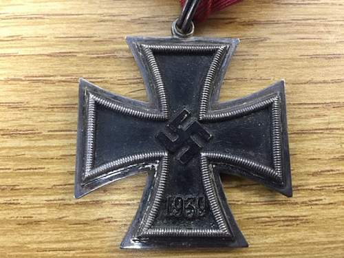 Click image for larger version.  Name:knights cross 2.jpg Views:77 Size:78.1 KB ID:985002