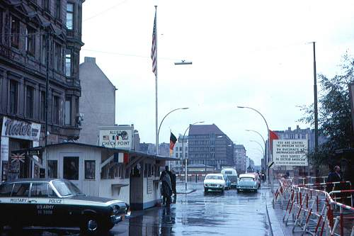 Click image for larger version.  Name:Berlin_-_Checkpoint_Charlie_1963.jpg Views:0 Size:60.2 KB ID:1035398