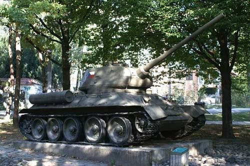 BB-T341-130.jpg