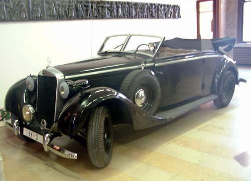 800px-Heydrich%27s_car.jpg