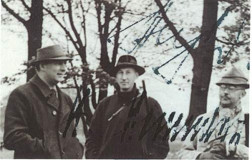 Does anybody know who is with Heydrich & Himmler?