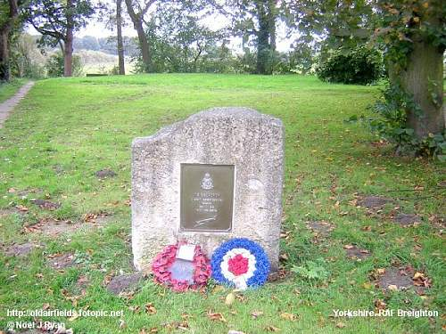 Plaque to 78 Squadron near Brighton , England