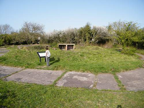 AA and Coastal Defence battery at Lavernock Point, S. Wales