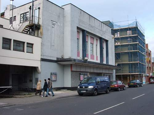 Cosham (Portsmouth UK) 1940 Then & Now