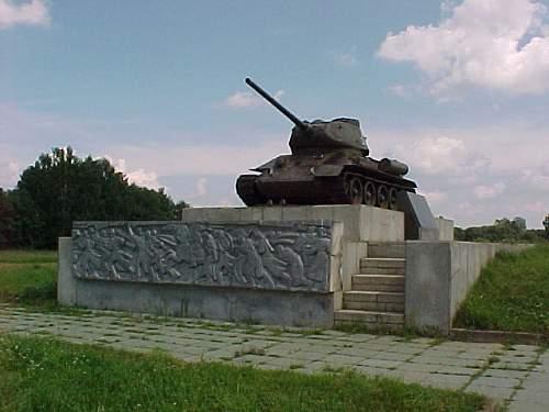 T34FRONT.JPG