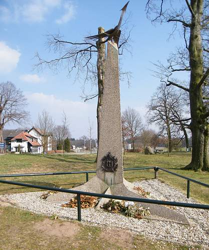 AB memorial 1.jpg