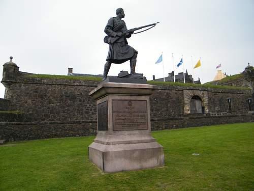 Striling Castle war memorial.jpg