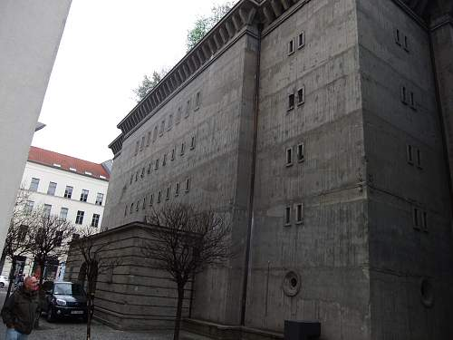 Click image for larger version.  Name:Berlin 2013 052.jpg Views:4 Size:215.7 KB ID:512992