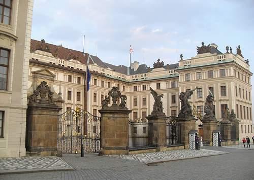 PRAG-HRAD1.jpg